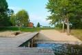 дом возле озера Девино